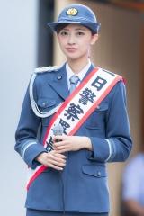 熊井友理奈パンチラ一日警察署長画像6