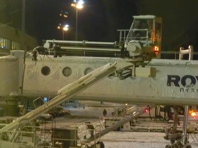 雪の空港2