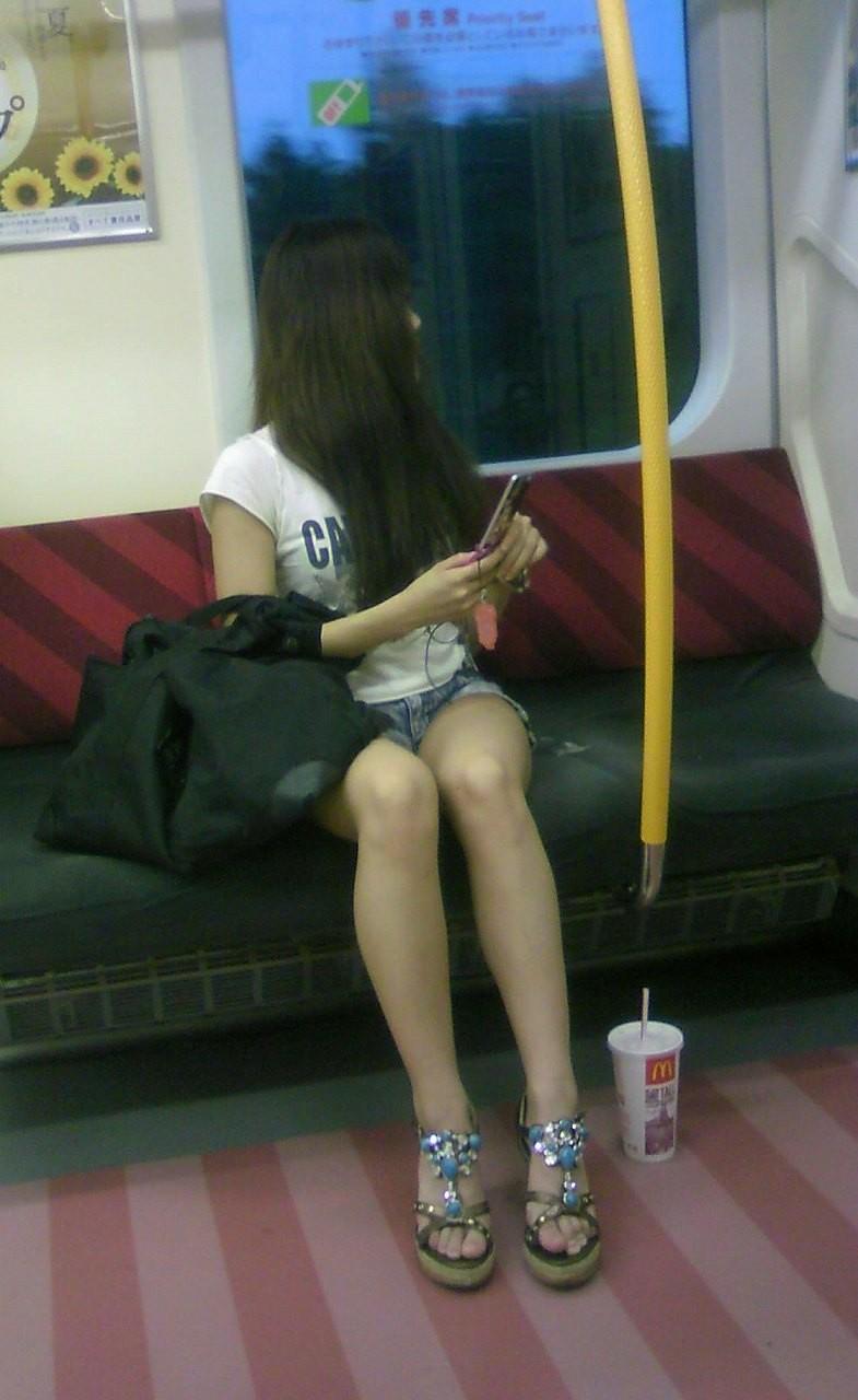 電車対面チラ11