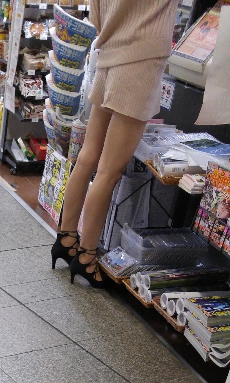 街中の脚9