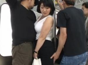 【五十路無料動画】五十路の爆乳熟女がくすぐり攻撃で痙攣アクメ