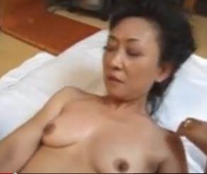 (ヒトヅマムービー)還暦ヒトヅマの性☆田舎の夫を亡くした妻が久々の肉棒に痙攣あくめ☆(60代)