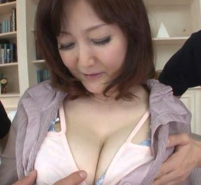 【人妻動画】(50代の欲望)趣味はSEXの美巨乳人妻の乱れ姿が凄すぎるww