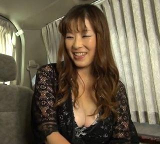 【人妻動画】(40代キャッチ)Gカップロケット乳の金持ちヒトヅマがお持ち帰りされる一部始終