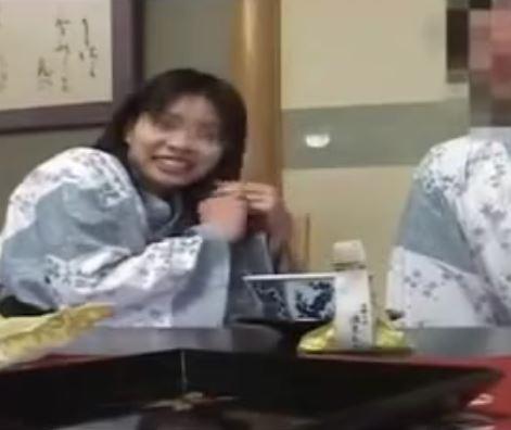 【人妻動画】(シロウト流失映像)亭主に秘密でウワキりょこうにきたちんこ好きのヒトヅマの乱れかたが凄すぎます