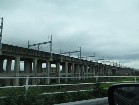 栃木県 新幹線の架線