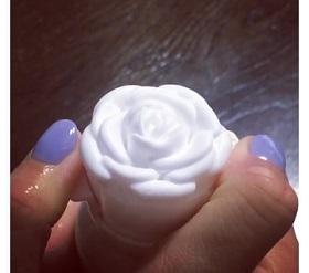 薔薇洗顔料