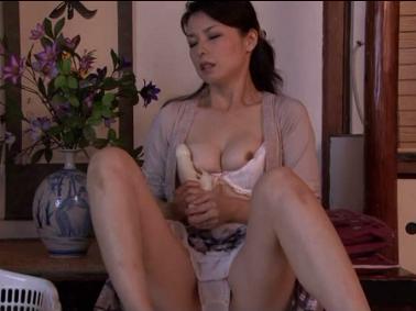 【盗撮動画】野外女子風呂の巨乳ギャル!ハーフ美人の