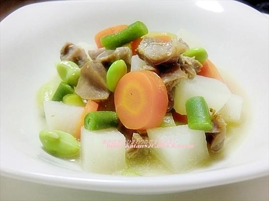 大根と砂肝の煮物♪