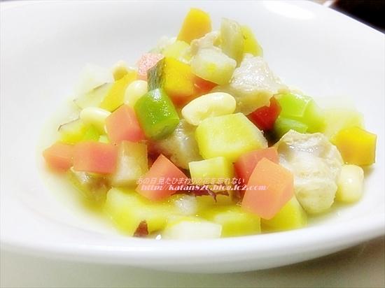 鶏ひざ軟骨と大豆と根菜の炒め煮♪