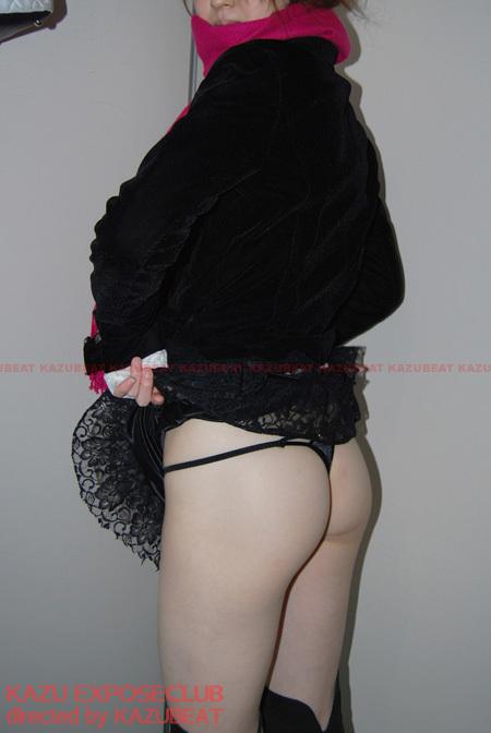 素人投稿変態娘「公園トイレ個室でハメられて帰宅後エロ衣装でイキ狂うエッチな変態お嬢さん」SAKURA(20)