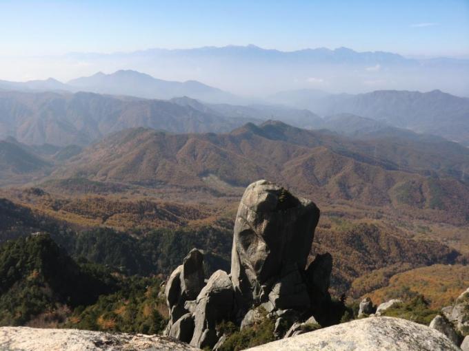 大ヤスリ岩と南アルプスⅡ