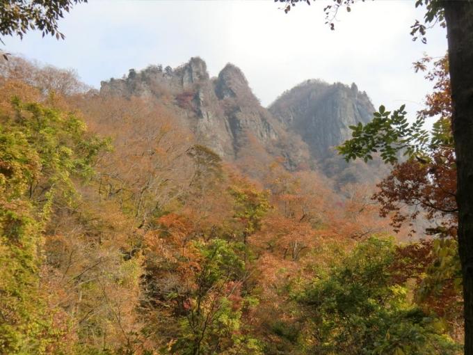 中間道四阿から白雲山