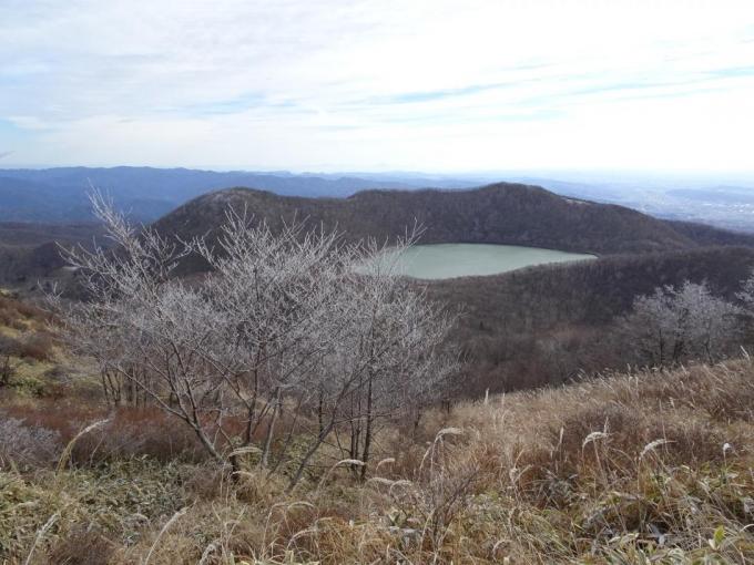 霧氷と小沼