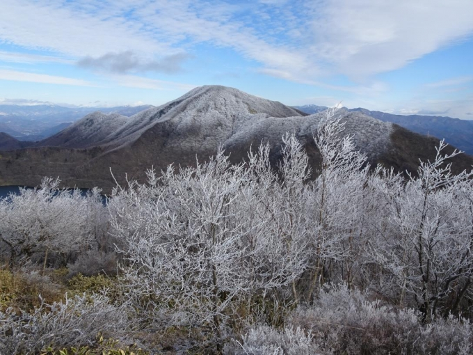 霧氷と黒檜山・駒ヶ岳