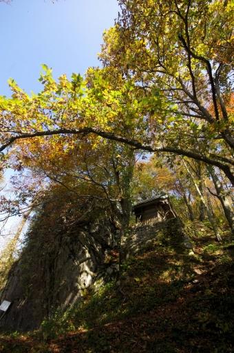 琴弾山神社