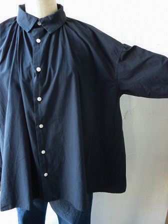 【GRANDMA MAMA DAUGHTER】A Line Gather Wide Shirt 【グランマ ママ ドーター】Aラインギャザーワイドシャツ (レディース)151028g12.jpg