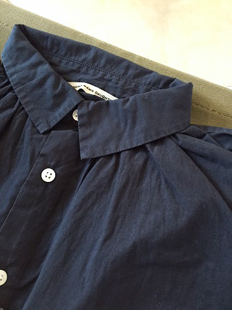 【GRANDMA MAMA DAUGHTER】A Line Gather Wide Shirt 【グランマ ママ ドーター】Aラインギャザーワイドシャツ (レディース)151028g14.jpg