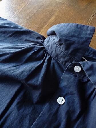 【GRANDMA MAMA DAUGHTER】A Line Gather Wide Shirt 【グランマ ママ ドーター】Aラインギャザーワイドシャツ (レディース)151028g8.jpg
