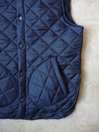 【Beaver】(Beaver of Bolton) Stand Collar Quilted Vest 【ビーバー】スタンドカラーキルティングベスト Made in England (ユニセックス)151030b13.jpg