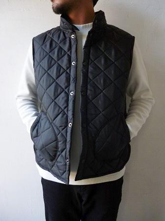 【Beaver】(Beaver of Bolton) Stand Collar Quilted Vest 【ビーバー】スタンドカラーキルティングベスト Made in England (ユニセックス)151030b2.jpg
