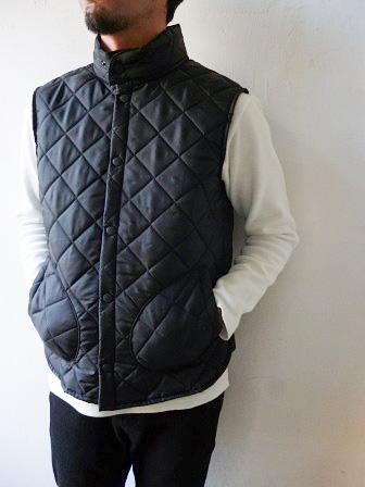 【Beaver】(Beaver of Bolton) Stand Collar Quilted Vest 【ビーバー】スタンドカラーキルティングベスト Made in England (ユニセックス)151030b3.jpg