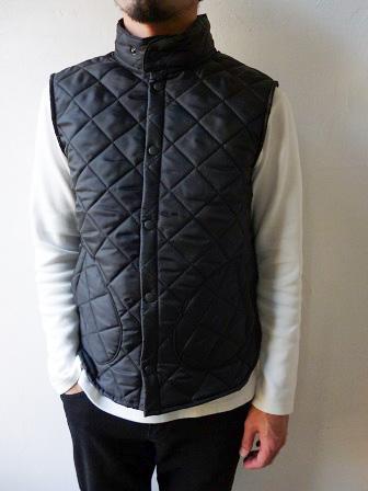 【Beaver】(Beaver of Bolton) Stand Collar Quilted Vest 【ビーバー】スタンドカラーキルティングベスト Made in England (ユニセックス)151030b4.jpg