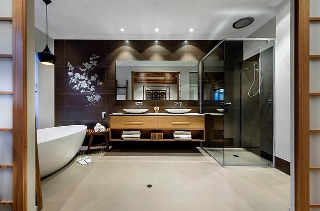 Tom-Dixon-pendant-lighting-in-the-bathroom.jpg