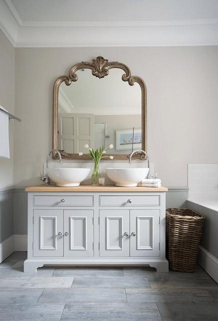 unique-framed-mirror-gold.jpg
