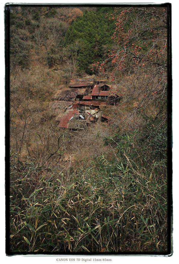 竜山鉱山の廃墟1312setouchi001.jpg