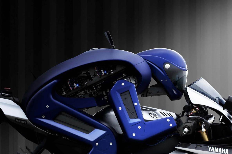 20151030_yamaha-motobot.jpg