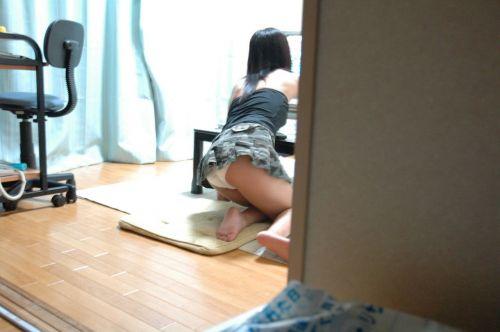 【画像】家の中で姉妹がパンツ丸出しでくつろいでるんだがwww 35枚 No.2
