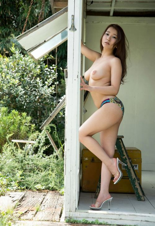 園田みおん(そのだみおん)Gカップ美人なコスプレ姉さんのAV女優画像 300枚 No.82