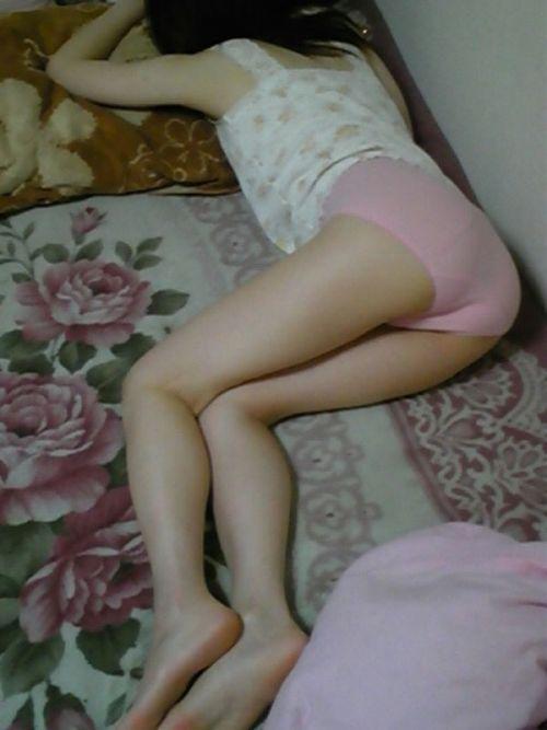 【画像】寝相の悪い姉や妹が下着姿で寝てるところを盗撮したったwww 35枚 No.13
