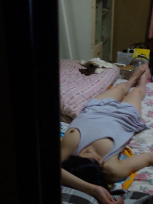 【画像】寝相の悪い姉や妹が下着姿で寝てるところを盗撮したったwww 35枚 No.17