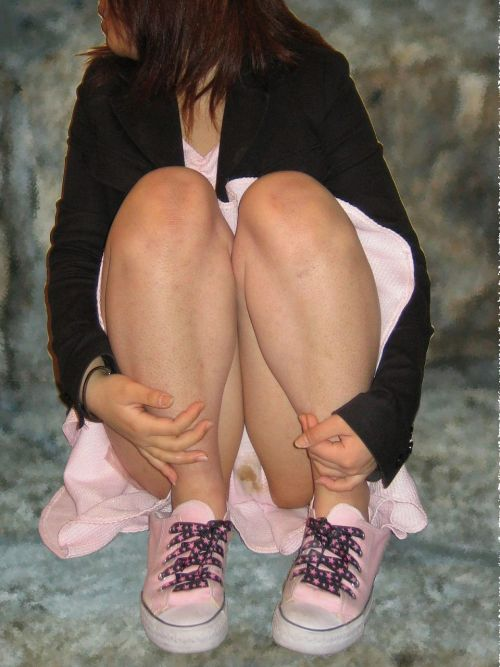 【画像】ラブリーな愛液でパンティが濡れてるヤリ目な女の子はこちらですwww 40枚 No.11