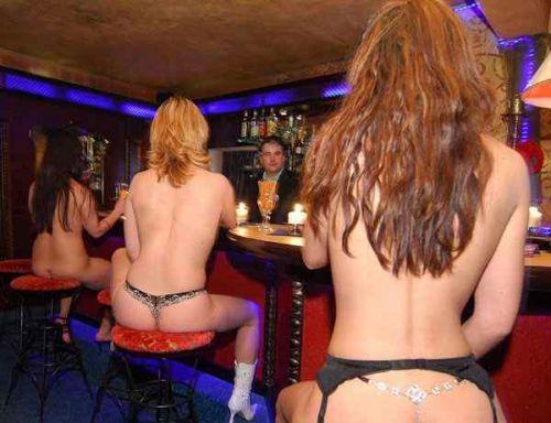 【画像】ドイツは合法売春!本番OKなサウナ風俗FKKがこちらですwww 49枚 No.16