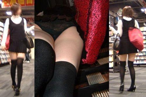 ニーソを履いた素人女性の太ももパンチラ絶対領域を逆さ撮りしたエロ画像 35枚 No.9