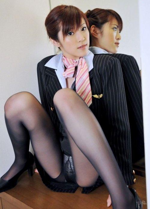 【画像】ストッキングを履いた客室乗務員(CA)の淫らな姿にフル勃起www 33枚 No.19