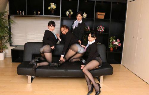 【画像】ストッキングを履いた客室乗務員(CA)の淫らな姿にフル勃起www 33枚 No.22