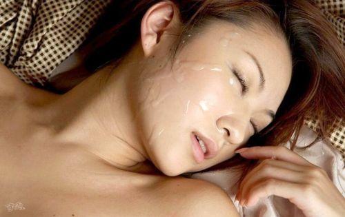 美女の綺麗な顔をザーメンまみれにする顔射ぶっかけエロ画像 35枚 No.13