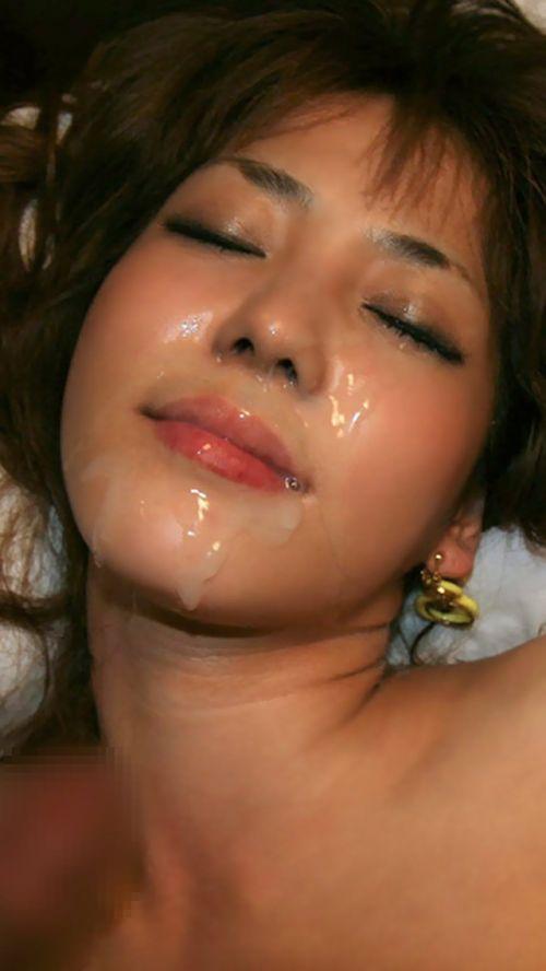 美女の綺麗な顔をザーメンまみれにする顔射ぶっかけエロ画像 35枚 No.25