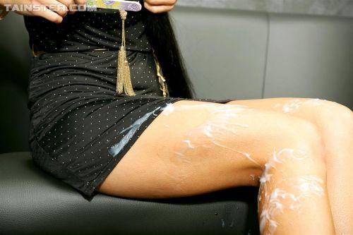 【画像】女の子のスカートやホットパンツにザーメンぶっかけた結果www 42枚 No.32