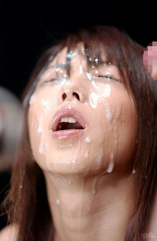 【画像】チンコから出るザーメンが美女にぶっかかる瞬間を激写したったwww 43枚 No.24
