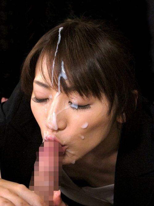 【画像】チンコから出るザーメンが美女にぶっかかる瞬間を激写したったwww 43枚 No.25