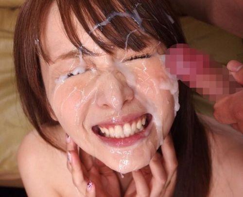 【画像】チンコから出るザーメンが美女にぶっかかる瞬間を激写したったwww 43枚 No.31