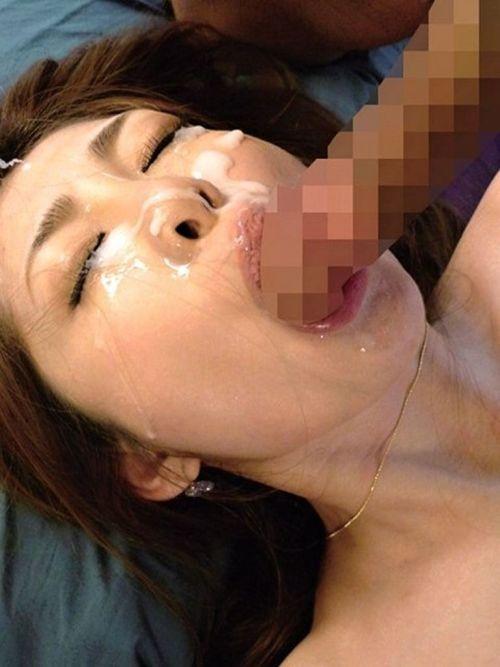 【画像】チンコから出るザーメンが美女にぶっかかる瞬間を激写したったwww 43枚 No.39
