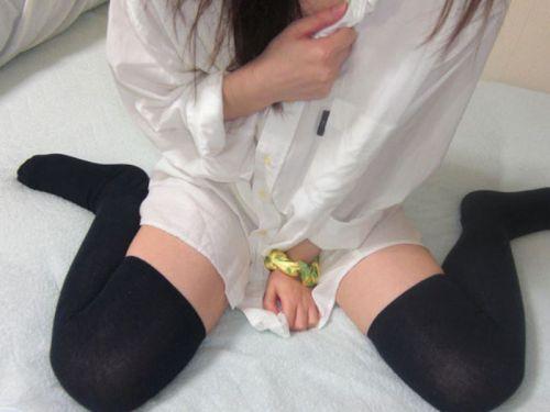 絶対領域100%で太ももをエロ可愛く自撮りしちゃう女の子のエロ画像 39枚 No.27