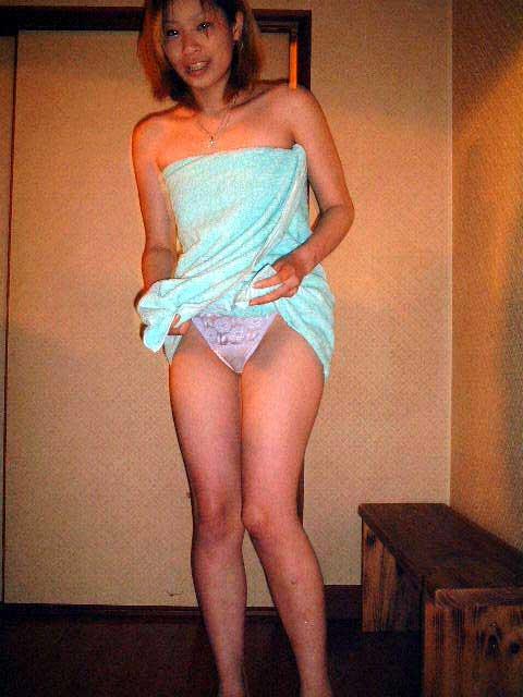 温泉旅館のピンクコンパニオンが宴会でおっぱい・マンコ丸出しで大はしゃぎwww 32枚 No.19