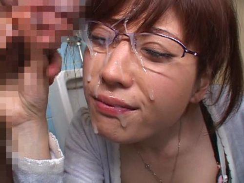 【画像】知的で綺麗なお姉さんの眼鏡にぶっかける達成感は異常www 32枚 No.8